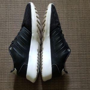 ADIDAS Black & Silver Sneakers (Size 6 /5 Y&Mens)